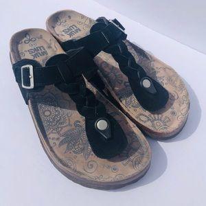 Muk Luks Women's Slip On Leather Braided Sandals